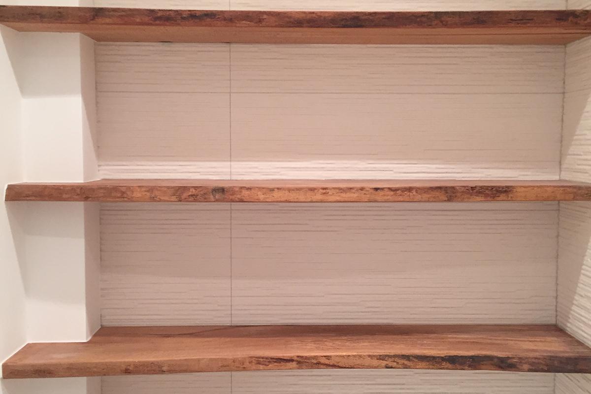 Plank Met Onzichtbare Bevestiging.Houthandel Van Steen