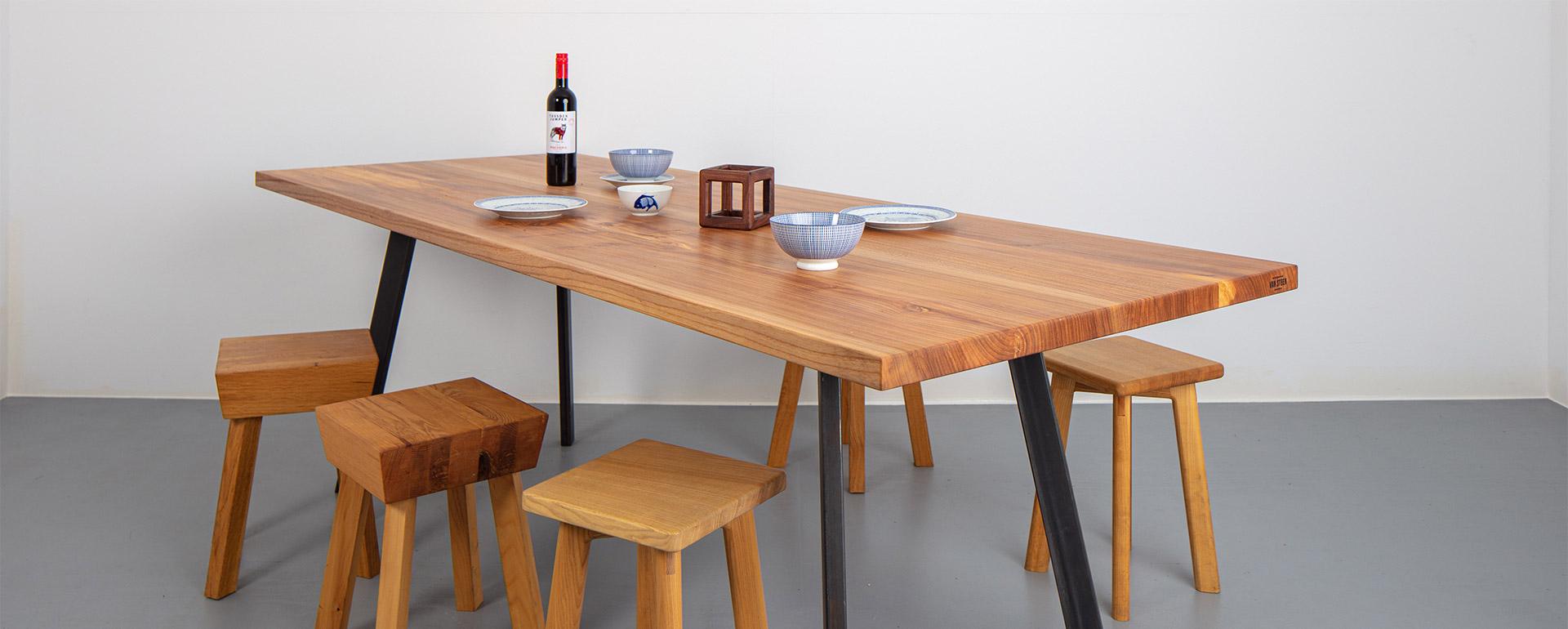 Wij maken de mooiste massief houten tafels!